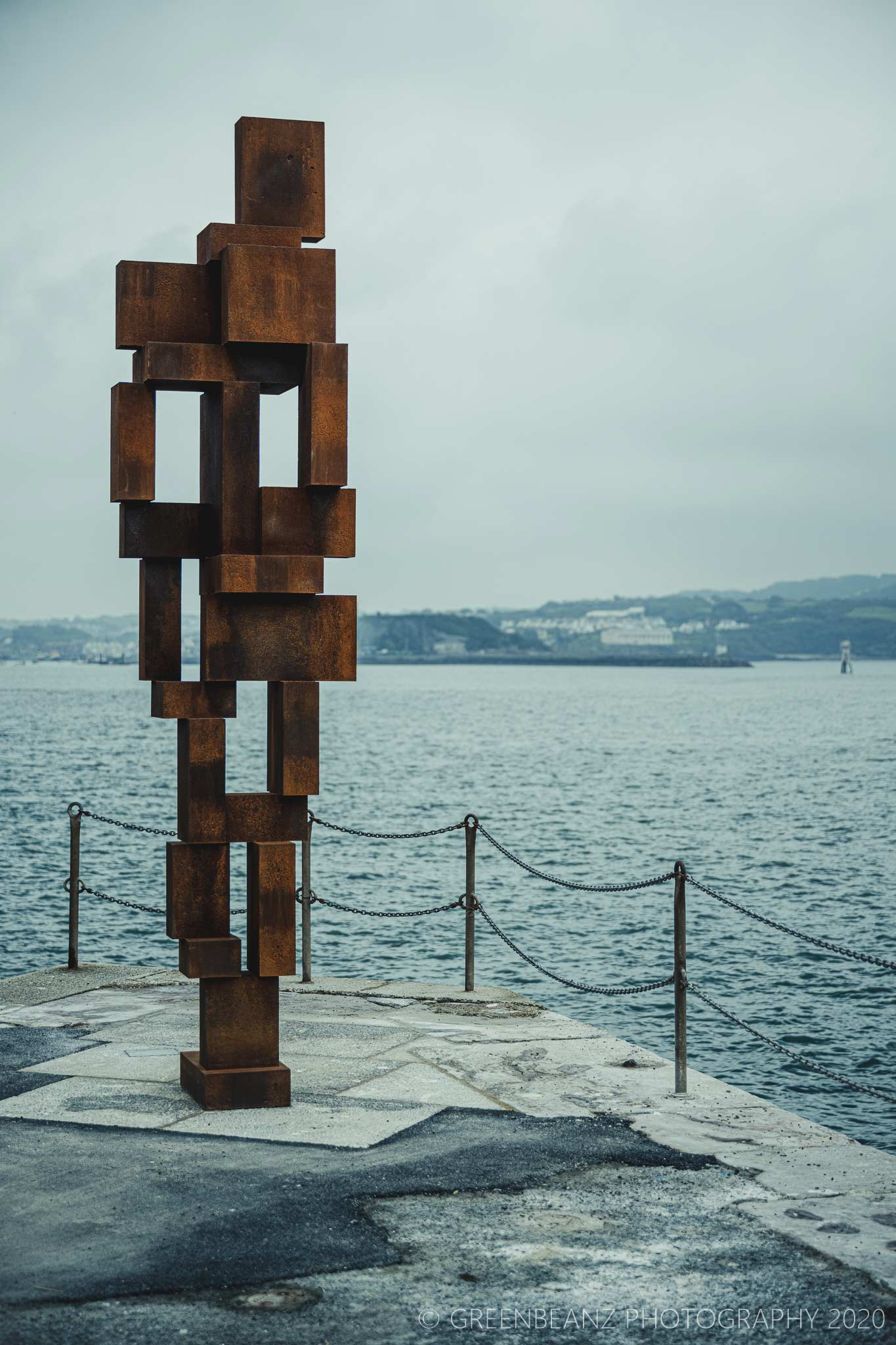 Gormley's 'Look II' commissioned by Plymouth's The Box